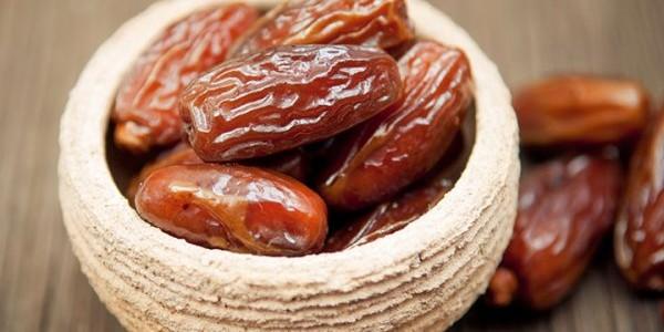Curmale, fructele care conţin cea mai mare cantitate de zahăr