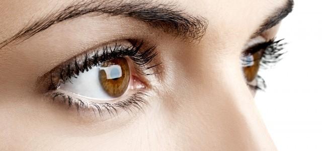 Peste 11 ore pe zi petrecute în faţa ecranului. Cum îţi poţi proteja vederea?