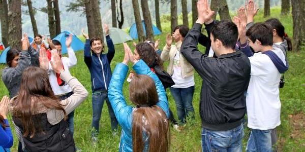 Regulament nou pentru taberele şi excursiile elevilor