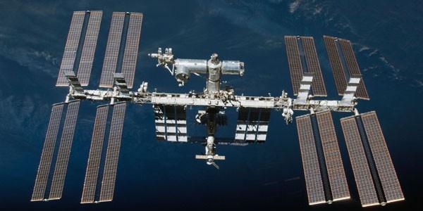 Staţia Spaţială Internaţională a realizat 100.000 de orbite circumterestre