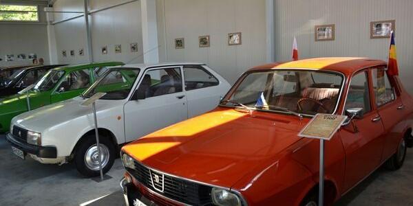 Primul muzeu al maşinilor istorice Dacia