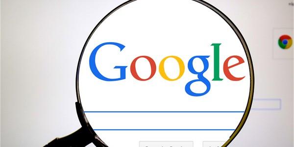 Google: mai mult spaţiu pentru reclame