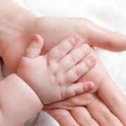 Bebeluşă cu greutate: 6,8 kilograme la naştere