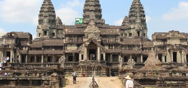 Reţea de oraşe şi aşezări medievale descoperită în jungla cambodgiană