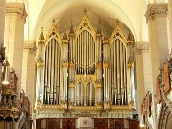 Biserica Neagra-orga