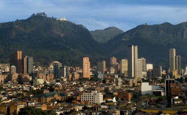Panoramica de Bogotá hacia los cerros