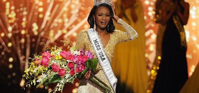 O tânără de culoare a fost aleasă Miss SUA