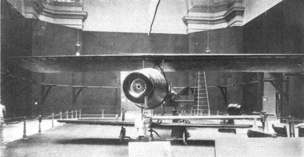 Henri-Coanda-avion