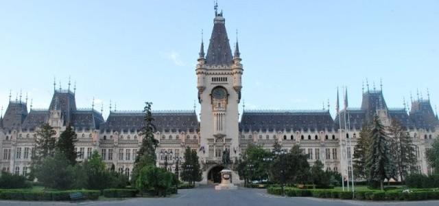 Viaţa la secundă în turnul Palatului (video-reportaj)