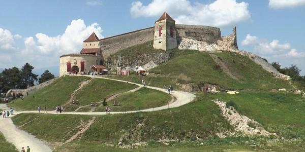 Cetatea Râşnov va intra în cel mai amplu proiect de restaurare, conservare şi amenajare