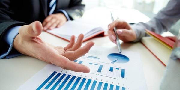 Salariul minim a crescut mai repede decât productivitatea muncii şi afectează competitivitatea firmelor