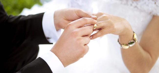 Numărul căsătoriilor a crescut cu 6,2%, iar cel al divorţurilor cu 15,9%