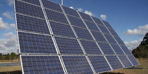 Chile are atât de multă energie fotovoltaică, încât o cedează gratuit
