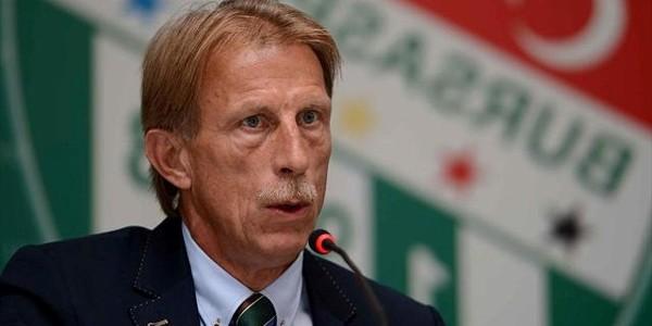 Daum: Dacă vom câştiga cu Polonia la două goluri, voi căra pe fiecare jucător până la vestiare