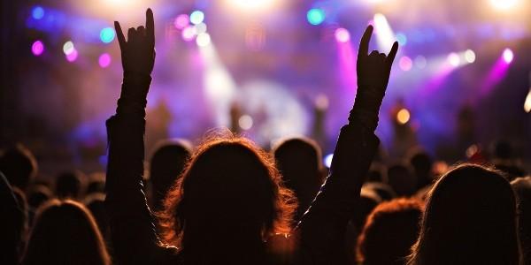 5,8 milioane de persoane au mers spectacole şi teatre