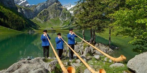 Elveţia: natură, turism şi gastronomie