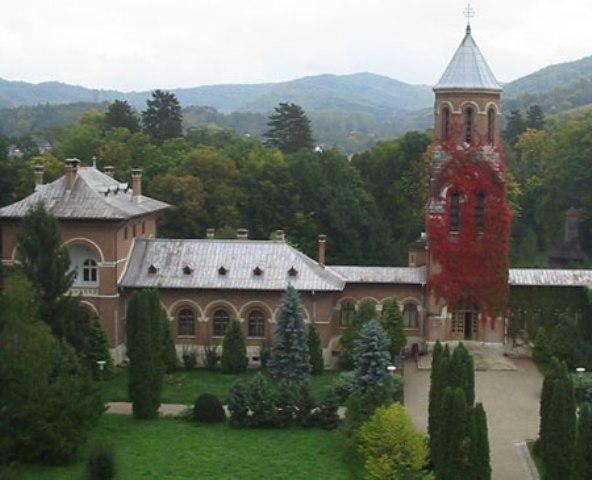 Manastirea Curtea de Arges-02