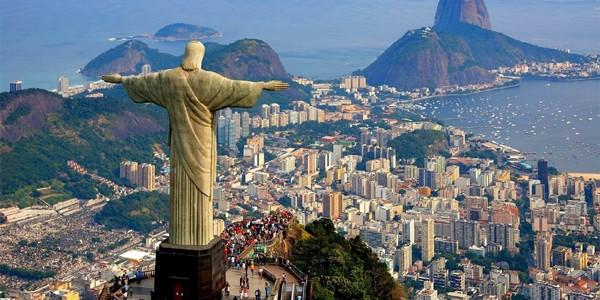 """Baschetbaliştii americani au vizitat în mod """"accidental"""" un bordel de lux din Rio de Janeiro"""