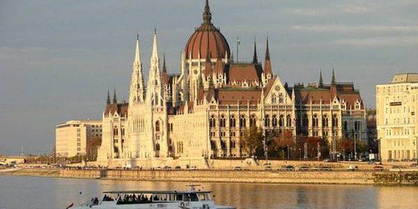 Ungaria: tradiţii, turism şi gastronomie