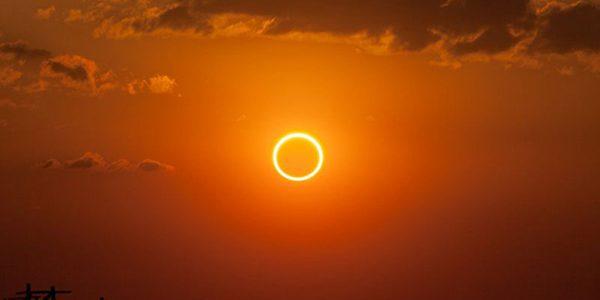 Eclipsă inelară de Soare