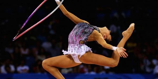 Sporturi olimpice: GIMNASTICĂ RITMICĂ şi TRAMBULINĂ