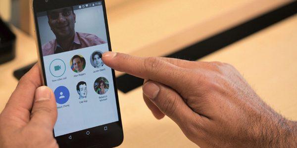 """Google a lansat serviciul de mesagerie video """"Duo"""""""