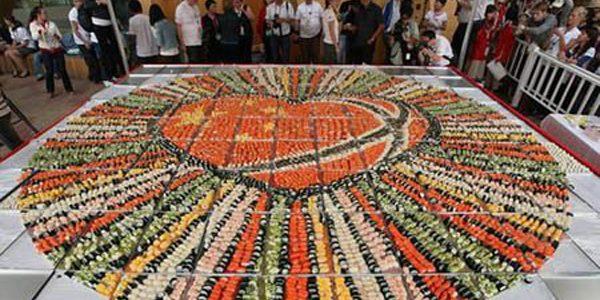 Cel mai mare mozaic realizat din sushi