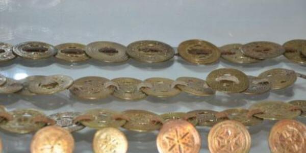 Prâsnele şi inele de mire, cea mai valoroasă colecţie din muzeele etnografice