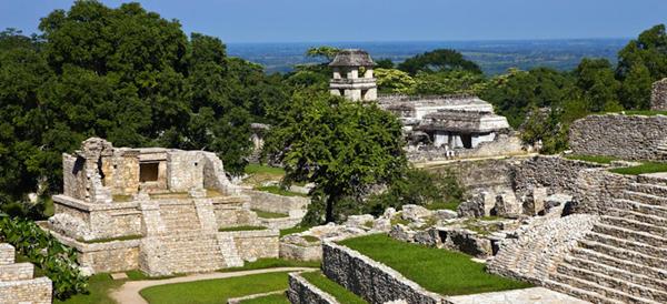 Sistem milenar de canalizare sub un templu mayaş