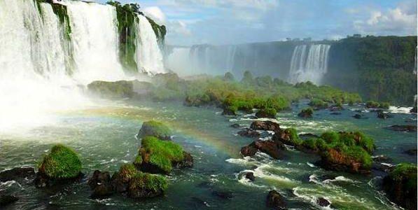 Brazilia: istorie, turism şi gastronomie