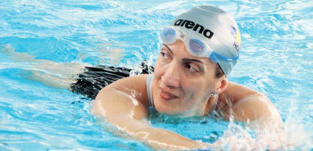 Carmen Bunaciu, multiplă campioană la înot