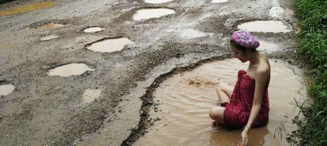 Campanie inedită împotriva gropilor din asfalt