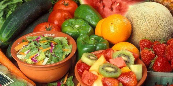 Ultimul loc în UE la consumul zilnic de fructe şi legume