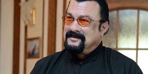 Stevan Segal a primit cetăţenia rusă