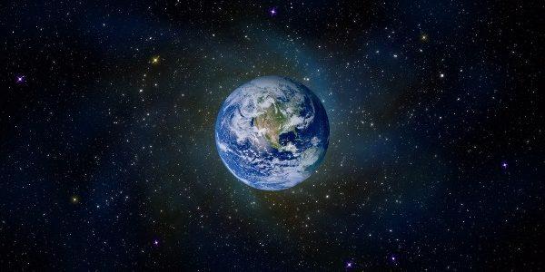 Omenirea nu dispune de mai mult de încă 1000 de ani pe Pământ