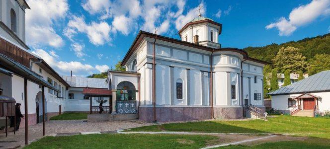 Mănăstirea Frăsinei, un adevărat Athos românesc