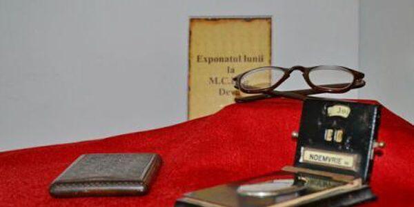 Ochelarii, tabachera şi calendarul lui Petru Groza