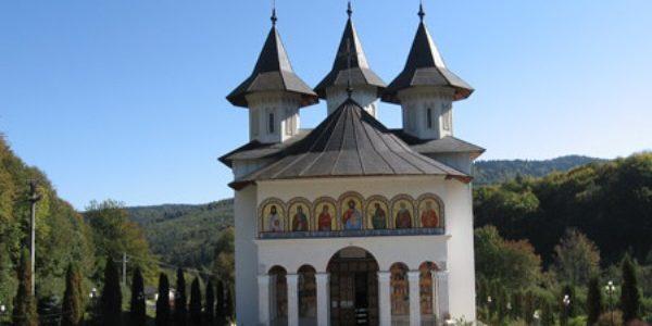 Mănăstirea Sihăstria – locul unde au vieţuit mari părinţi duhovniceşti