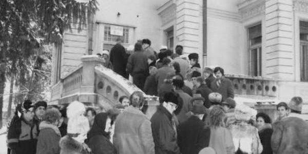25 de ani de la primele alegeri locale libere