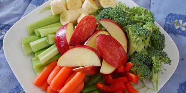 10 porţii de fructe şi legume pe zi scad cu 31% riscul de moarte prematură