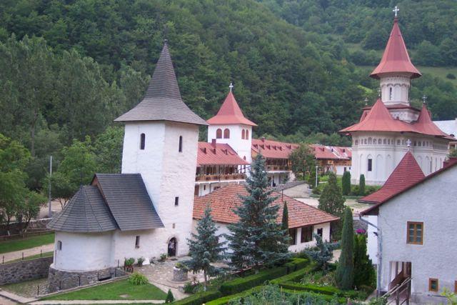 Manastirea_Ramet2