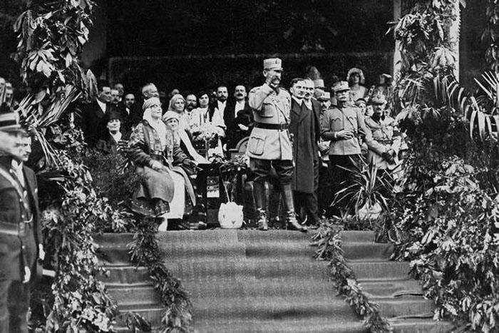 regele-Ferdinand-alba-Iulia