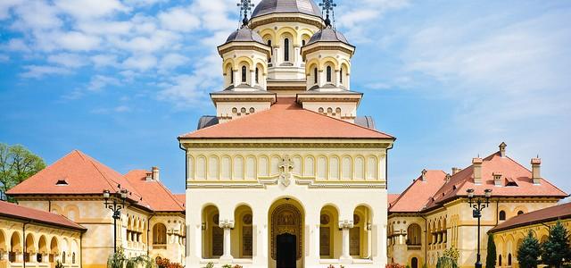 ALBA: Catedrala Reîntregirii Neamului din Alba Iulia