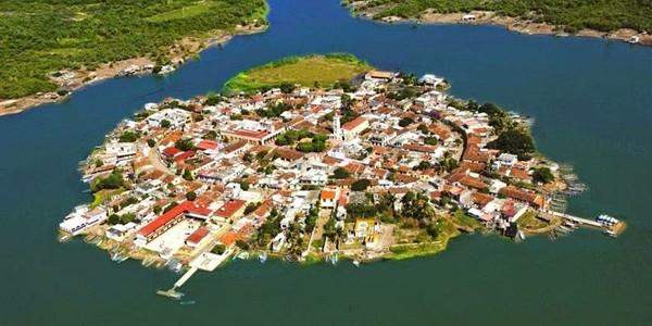 Veneţia mexicană: Insula Mexcaltitán