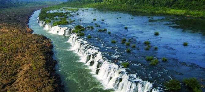 Cascada Moconá: 3 km de cascadă paralelă cu râul