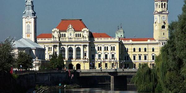 """BIHOR: Oradea, """"rezervaţie de arhitectură"""""""