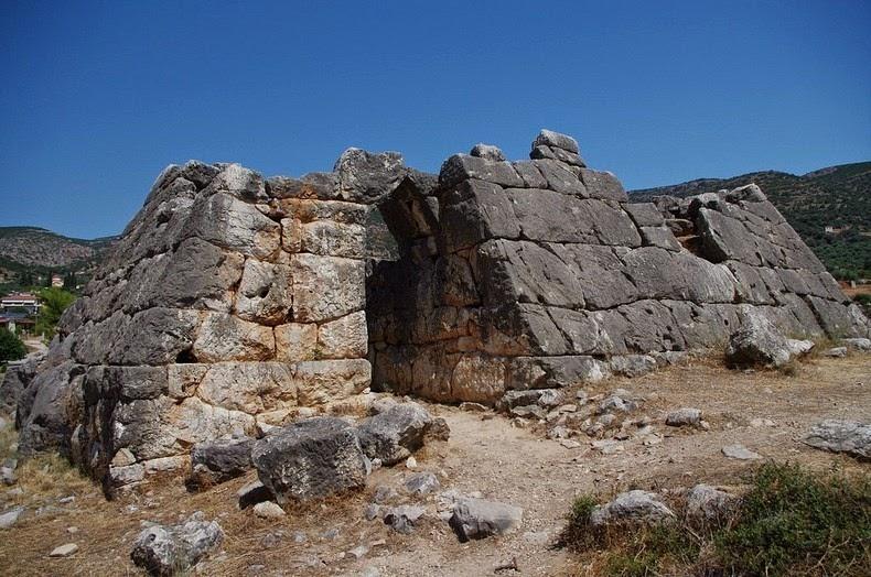 Piramide-hellinikon1