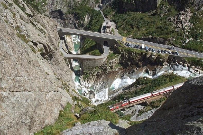 Teufelsbrücke1