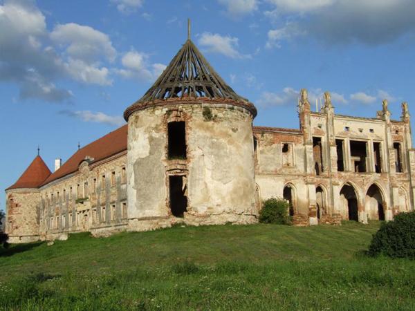 Castelul-Banffy4