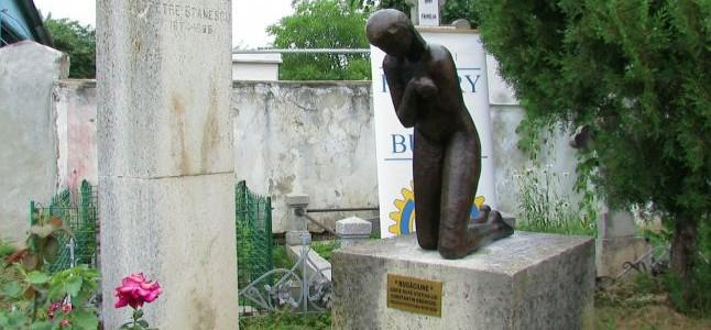 """BUZĂU: Complexul funerar brâncuşian """"Rugăciunea"""""""